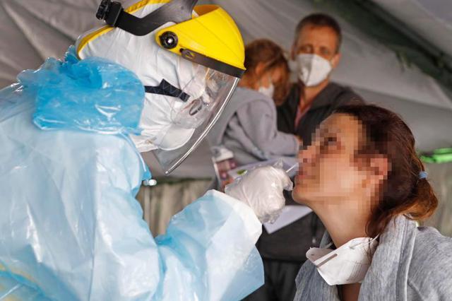 上海对所有入境人员实施100%新冠病毒核酸检测