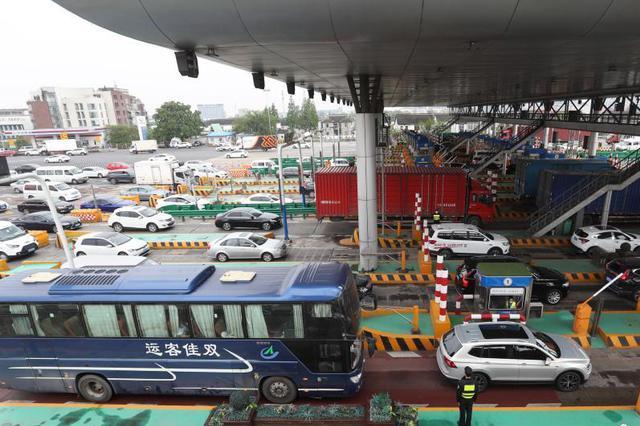 五一假期江苏高速高位运行