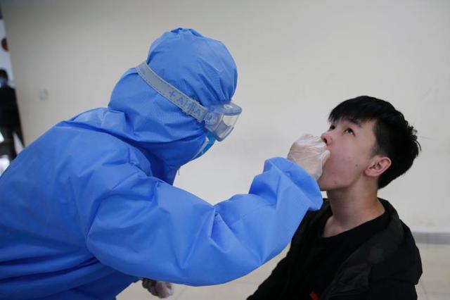 武汉市核酸检测近990万人:未发现确诊病例