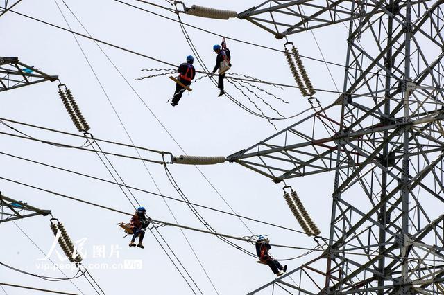 江苏用电增速超去年平均水平 服务业用电首次转正