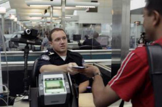 美国移民局发布新规:留学生若只上网课或被遣返
