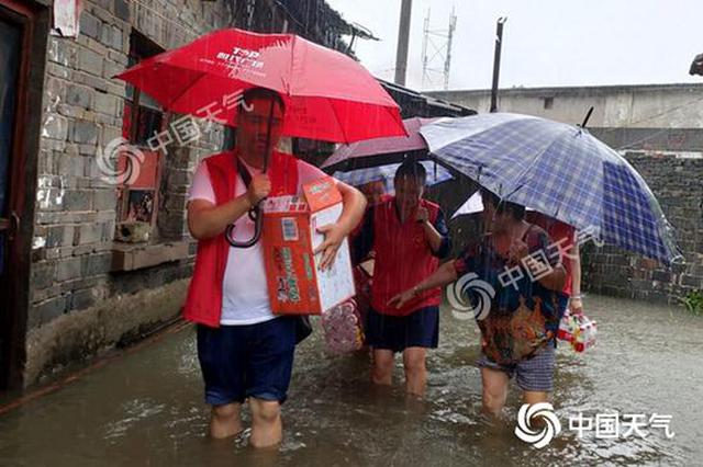 周末暴雨不停歇 10余省区市将遭暴雨侵袭