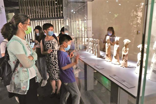 南京长江路3家博物馆率先夜间开放 欲搅热沿线夜经济