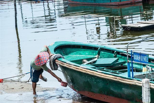 江苏省民政厅印发通知要求将符合条件的困难退捕渔民全部纳入