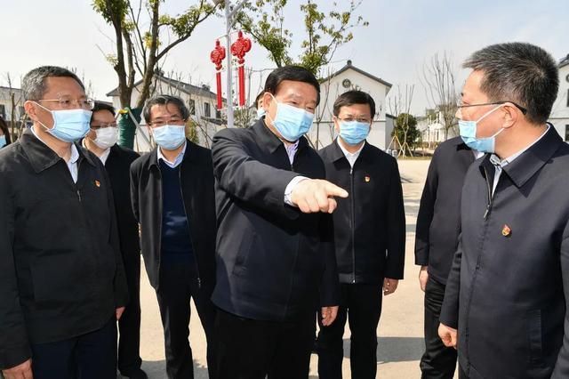 深度|江苏省委书记为何连续3年为他们写文章