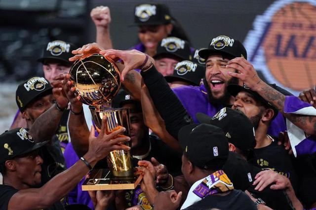 时隔10年再夺冠!NBA湖人4:2击败热火拿下总冠军