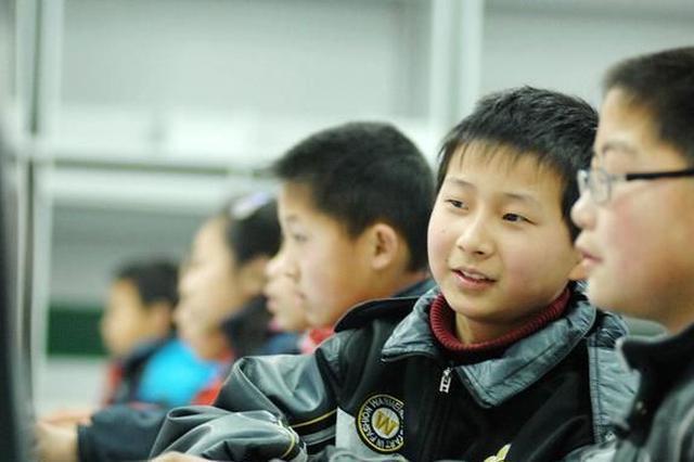 中小学生近视率半年增11.9% 江苏多项措施防控近视