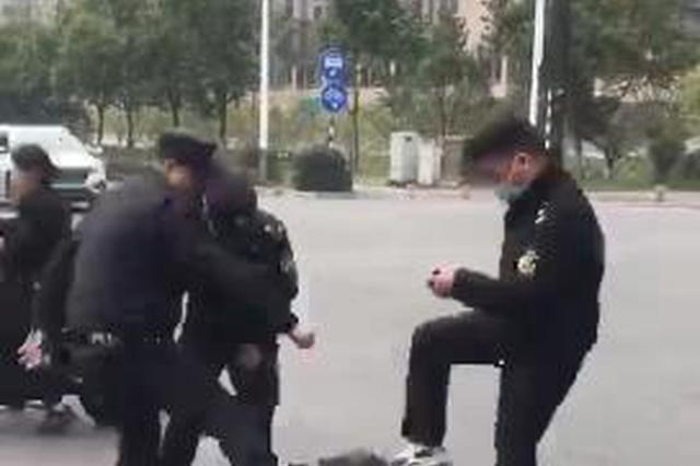 关于沿江街道三名协管员与货车摊主发生冲突的情况通报