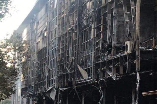 常州一商业街店铺起火致5死2伤 警方确认系人为纵火