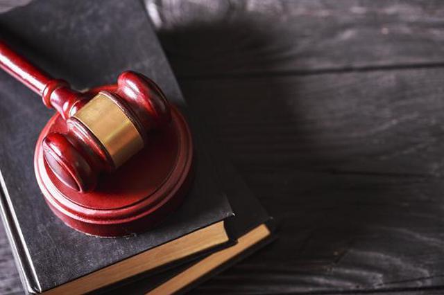 """""""被结婚""""五次女子告民政局胜诉 法院:全面保障当事人权利"""