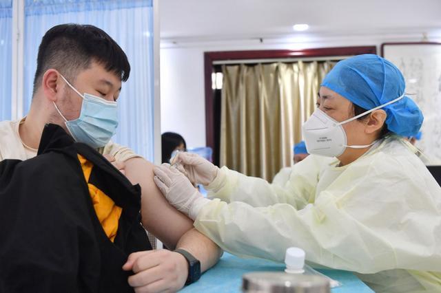 科技部:7款新冠疫苗进入Ⅲ期临床,4款获批附条件上市