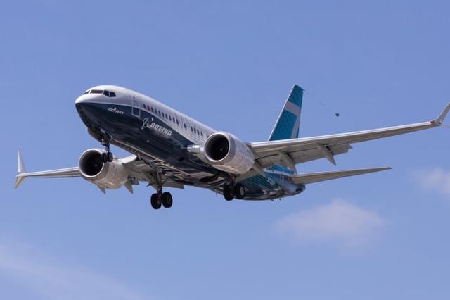 一架从香港起飞的波音777飞机在莫斯科迫降