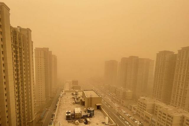 北方地区沙尘暴持续 江南等地有明显降水过程