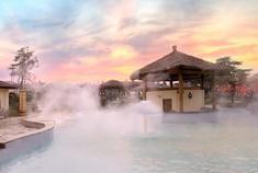 私藏在汤山拥有悠久历史的奢华温泉