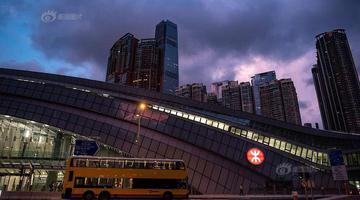 广深港高铁开通 西九龙总站迎首批乘客