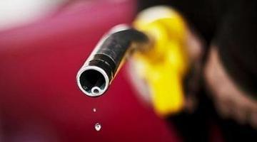 国内油价四连涨 加满一箱多花6.5元