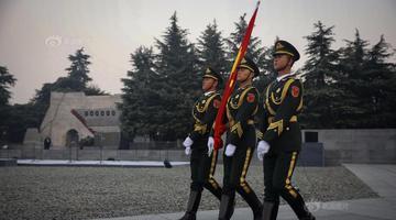 南京降半旗悼念南京大屠杀遇难同胞