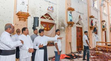 斯里兰卡总统造访遭爆炸袭击教堂