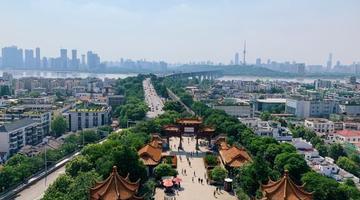 南京GDP增速连续9季度逾8%