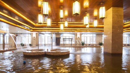 图/淮安大千天鹅湖温泉酒店