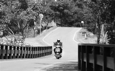 六合竹镇提档升级后的农村公路。 交通部门供图