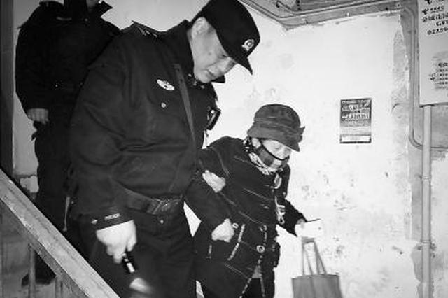 突发急病得救助 老人感慨:每位南京民警都是杨海波
