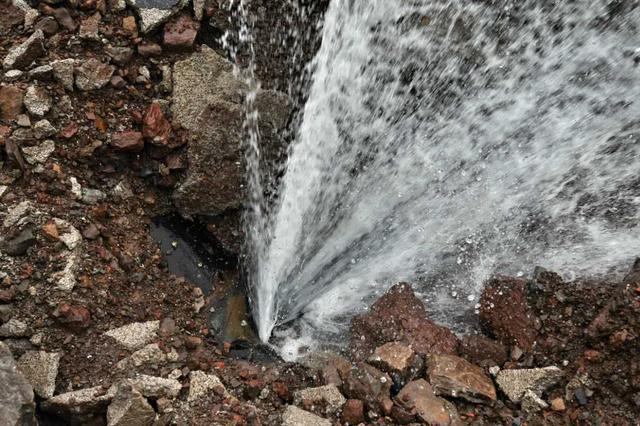 淮安4官员因供水主管道爆裂致大面积停水被处分