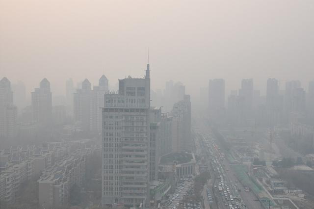 江苏2743家重污染企业限停产 12456个工地被停工