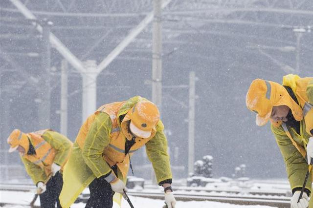 低温冰冻 南京主城区公交线路绕行10条缩线27条