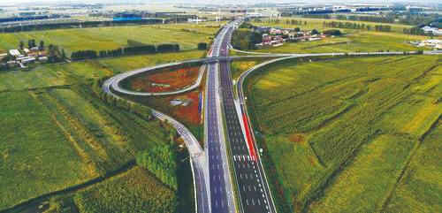 京哈高速长春至拉林河段改扩建项目建成通车