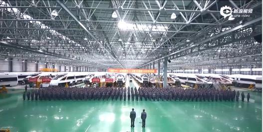 中国劳模快闪《我和我的祖国》