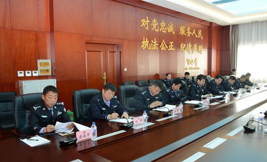 延边森林公安局党委召开主题教育专题民主生活会