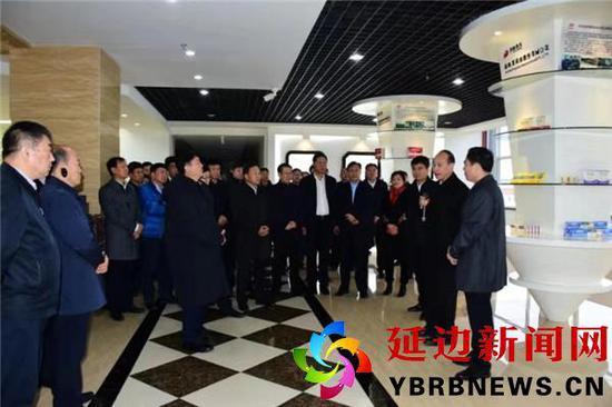 吉林省特色产业小镇建设推进会在敦化召开