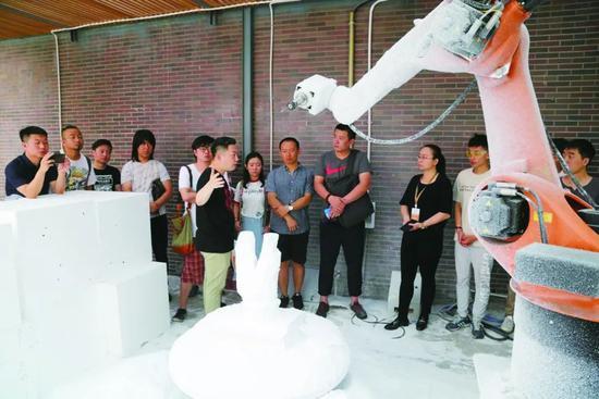 """吉林艺术学院国家艺术基金项目""""3D科技写实雕塑人才培养"""""""