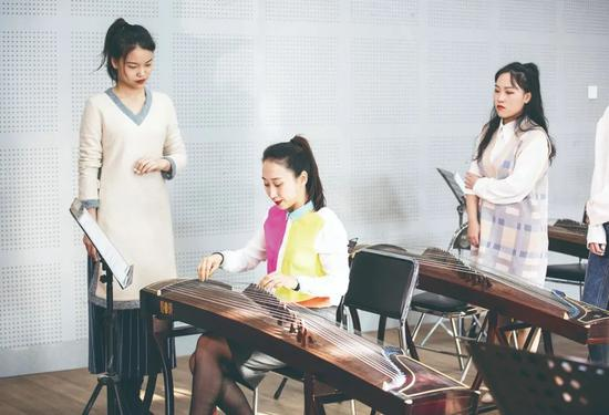 吉林艺术学院国家一流本科课程 室内乐-古筝