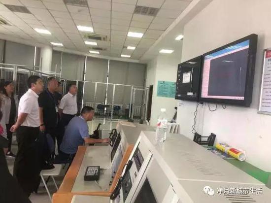 8月14日,赵心锐副主任、吴海涛书记带领联合检查组对农博园进行安全生产检查