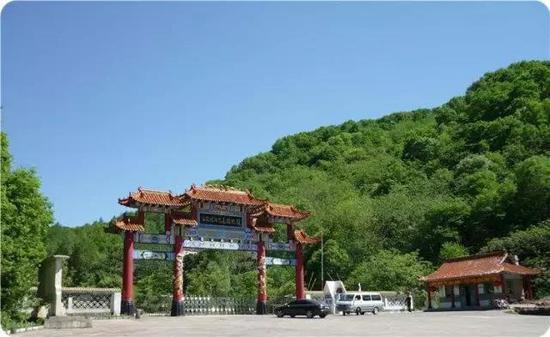 通化市白鸡峰国家森林公园门票半价;