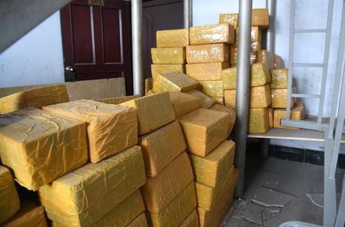 警方收缴的包装好的毒品大麻