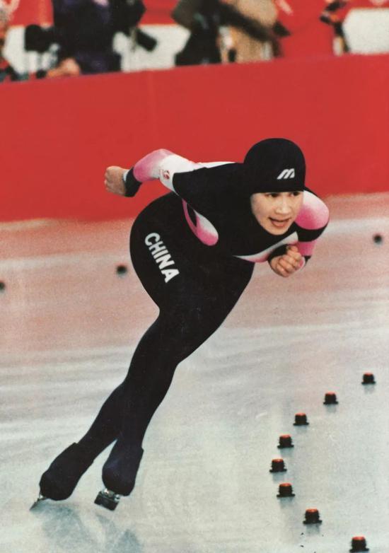 1992年冬奥会赛场上的叶乔波