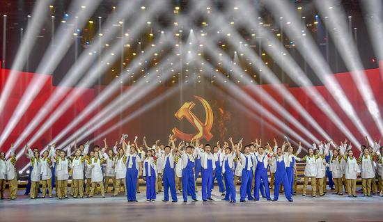 舞蹈:咱们工人有力量
