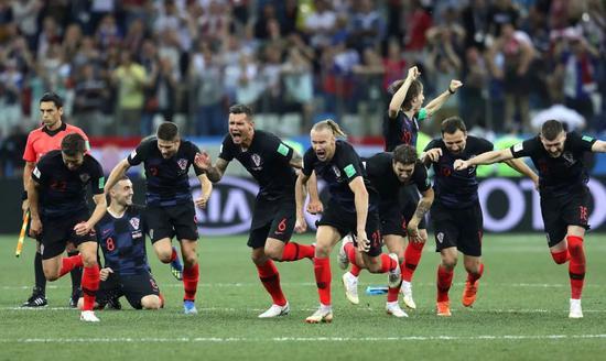 克罗地亚队员获胜后庆祝