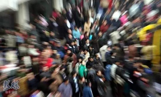 阿塞拜疆总人口数量_瑞士总人口