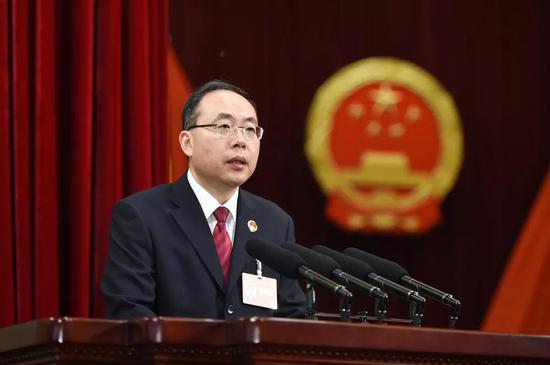 尹伊君代检察长作吉林省人民检察院工作报告