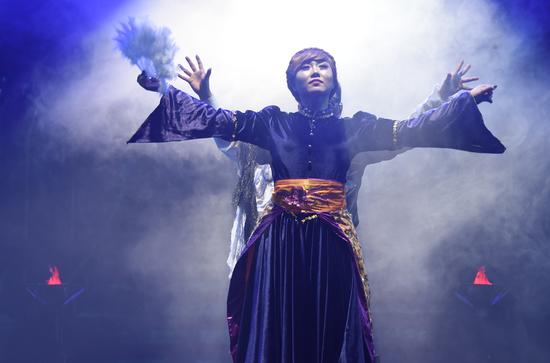 经典儿童剧《白雪公主》在长春人民艺术剧场精彩上演