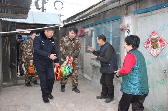 吉林省安图森林公安局春节祝福送进千万家