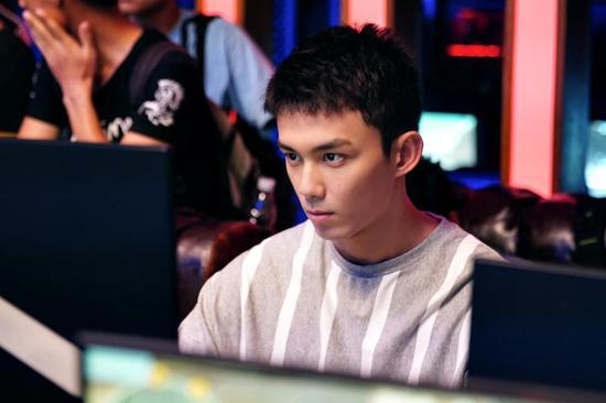 吴磊饰演路小北。
