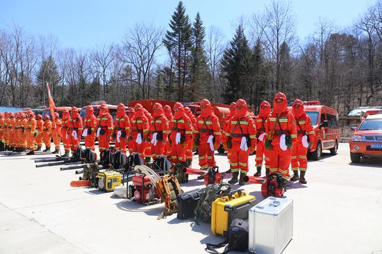 森林消防队开展防灭火演练
