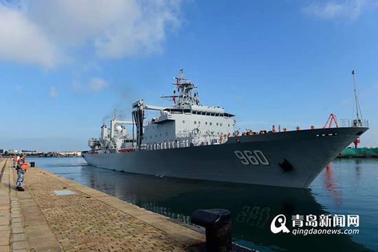 东平湖舰解缆起航