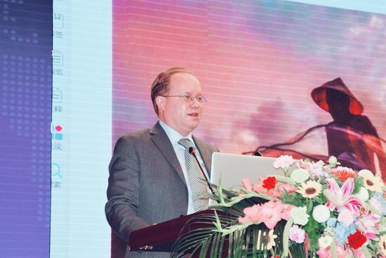 湄公河旅游协调办公室执行董事延斯•特拉恩哈特作主题演讲