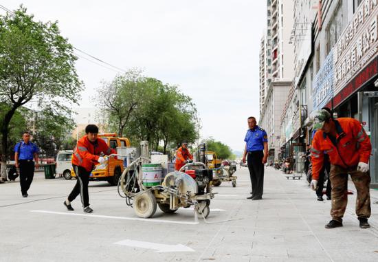 延吉市多措并举 有效增加停车泊位